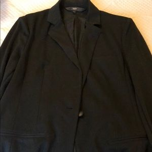 Women's Long Sleeve Black Blazer